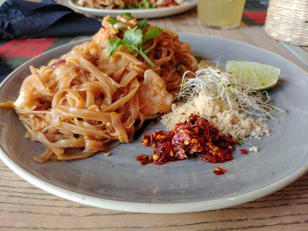 gdzie zjeść w trójmieście- pad thai Haos